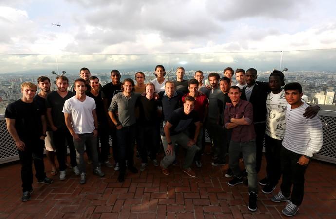 Seleção dos Estados Unidos visita o Terraço Itália, em São Paulo (Foto: divulgação)
