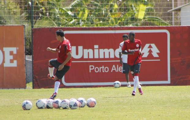 Inter faz treino de finalizações (Foto: Diego Guichard)