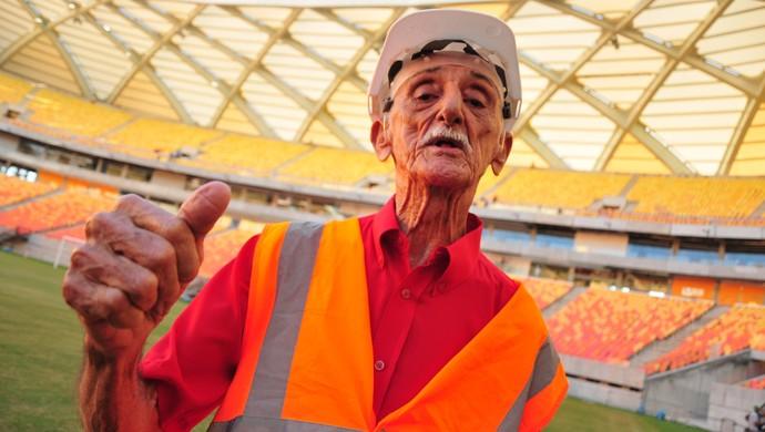 Amadeu Teixeira visita Arena da Amazônia (Foto: Michael Dantas/Sejel)