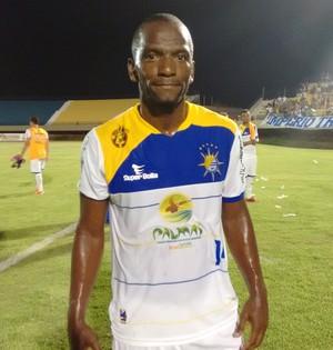 Thurran fica insatisfeito com resultado de jogo entre Palmas x Ríver-PI (Foto: Cyntia Miranda/GloboEsporte.com)