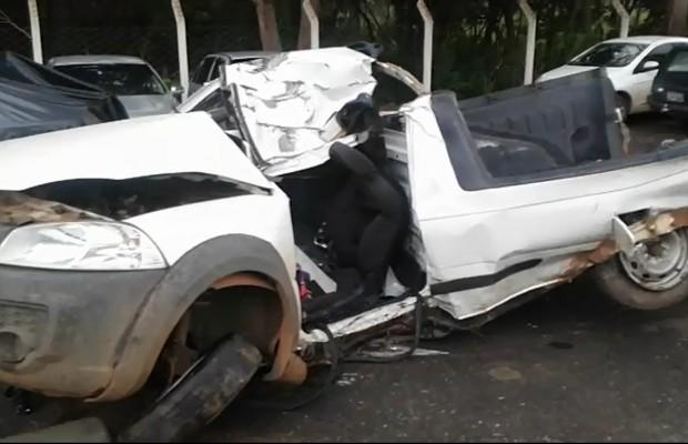 Dois homens morrem em acidente na BR-153, em Mara Rosa, Goiás (Foto: Divulgação/PRF)
