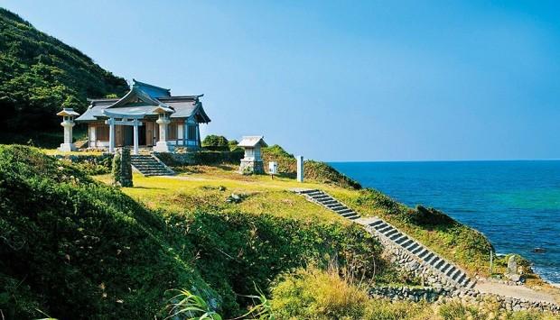 Ilha de Okinoshima, no Japão (Foto: Divulgação Okinoshima.heritage.jp)
