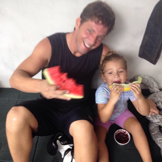 Mário Frias e a filha, Laura (Foto: Reprodução/Instagram)