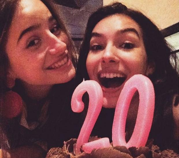 Marina Moschen com Manuela Llerena em seu aniversário antecipado (Foto: Reprodução/Instagram)