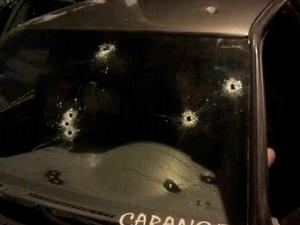 Três são mortos a tiros em Taubaté (Foto: Reprodução/ TV Vanguarda)