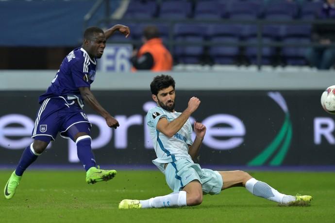Acheampong fez dois gols pelo Anderlecht nesta quinta-feira (Foto: Reuters)