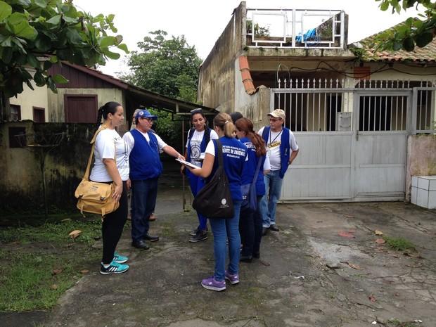 Com a situação de emergência, agentes estão autorizados a entrar nas propriedades mesmo sem autorização  (Foto: Andressa Almeida / RPC )