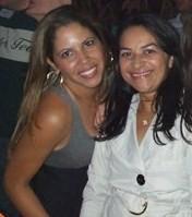 Mara e a amiga de trabalho, Lindalva (Foto: Arquivo Pessoal)