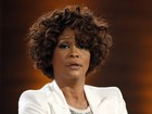 Cunhada de Whitney Houston quer distância do filho da cantora, diz site