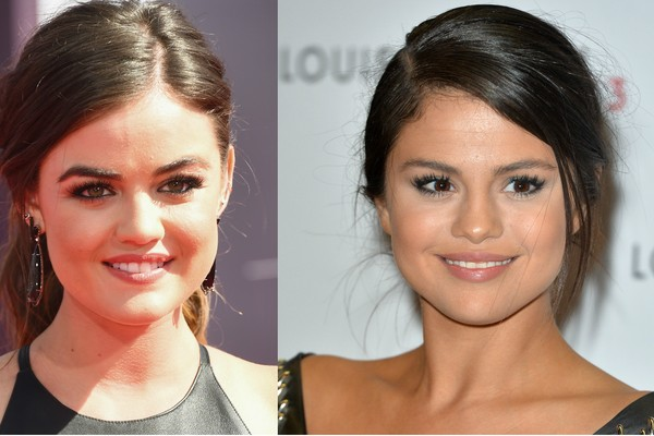 A atriz Lucy Hale e a cantora Selena Gomez (Foto: Getty Images)