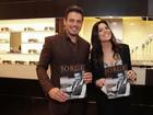 Luigi Baricelli e a filha vão a lançamento de revista