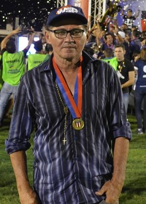 Walter Lima, treinador do São Francisco (Foto: Dominique Cavaleiro/GloboEsporte.com)