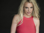 Britney Spears posa sexy na web e exibe piercing na barriga