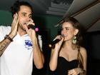 Rayanne Morais celebra aniversário e canta em festa com Latino
