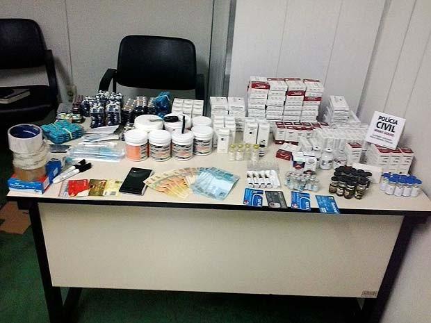 Cerca de 10 mil substâncias ilíticas foram apreendidas em Paracatu, MG (Foto: Delegacia de Combate ao Tráfico de Drogas/Arquivo pessoal)