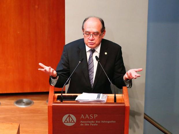 Ministro Gilmar Mendes participou de palestra em São Paulo (Foto: Suamy Beydoun/Futura Press/Estadão Conteúdo)