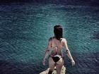 Cleo Pires exibe curvas em foto de biquíni e recebe elogios