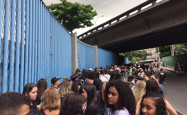 Fãs do Justin Bieber (Foto: Rafael Godinho)