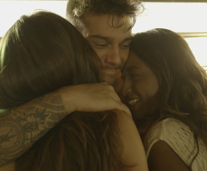 Será que o Uood vai se render ao encanto das meninas? (Foto: TV Globo)