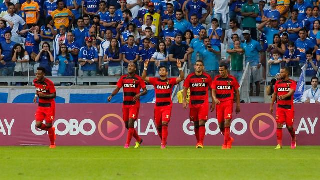 Cruzeiro e Sport sem enfrentam
