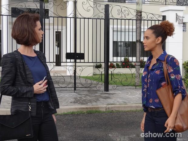 Verônica vai atrás de Sandra para descobrir mais informações sobre Jonas (Foto: Geração Brasil/TV Globo)
