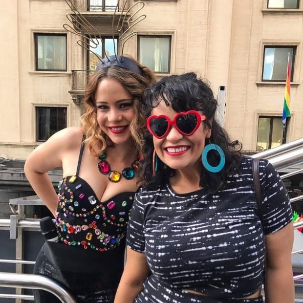 Leandra Leal e a cantora Tulipa Ruiz (Foto: Reprodução/Instagram)