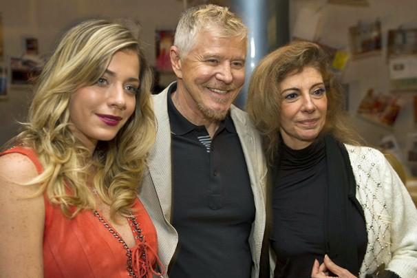 Luma Costa, Miguel Falabella e Marília Pêra apresentam a nova temporada de Pé na Cova, no Projac (Foto: Globo)