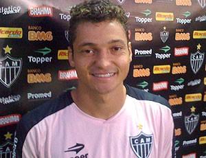 Diego Macedo treino Atlético-MG  (Foto: Rodrigo Fuscaldi / GLOBOESPORTE.COM)