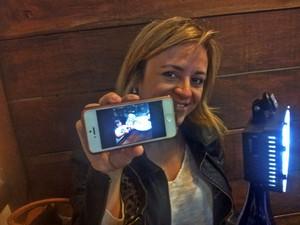Apenas a câmera do celular é usada em projeto fotográfico (Foto: Daniela Ayres/ G1)