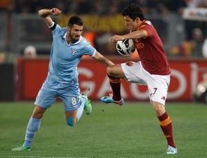Marquinho, Antonio Candreva - Roma x Lazio (Foto: Reuters)