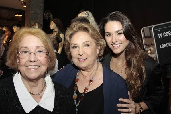 Vida Alves, Eva Wilma e Fernanda Machado vieram para o lançamento da Exposição em Curitiba (Foto: Euricles Macedo/RPC TV)