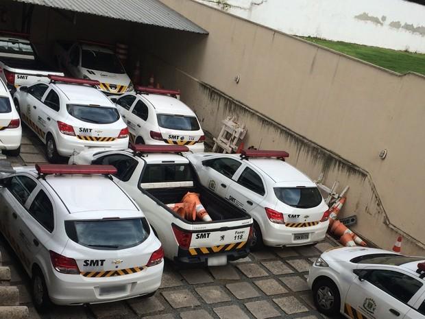 Carros da SMT ficam sem combustível e agentes têm trabalho limitado Goiânia Goiás (Foto: Vanessa Martins/G1)