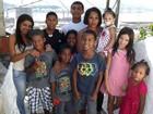 Mãe de 9 filhos adota mais um em Santos (Ivair Vieira Jr/G1)