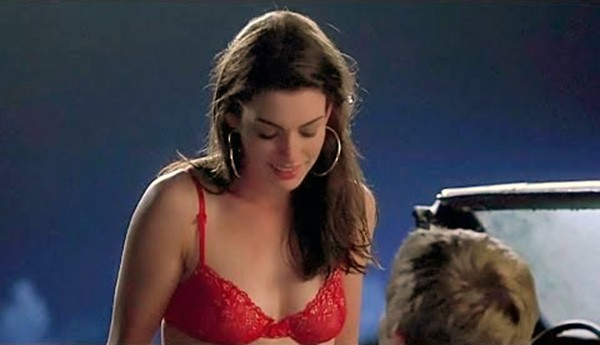 Anne Hathaway – Garotas sem Rumo (2005) (Foto: Divulgação)