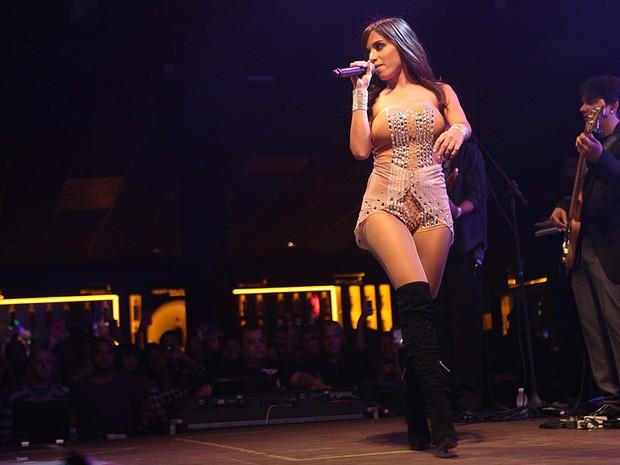 Anitta faz show em São Paulo (Foto: Iwi Onodera/ EGO)