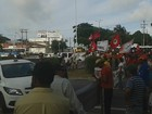 Manifestantes do MST interditam BR-101 (Heloísa Guimarães/Inter TV Cabugi)