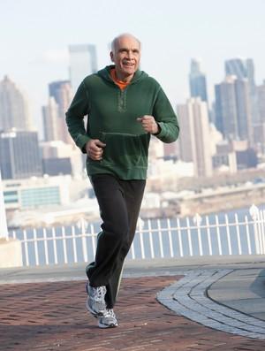 idoso, velho correndo, eu atleta (Foto: Getty Images)