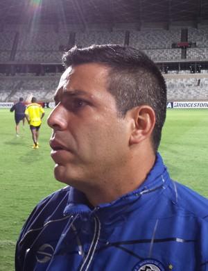 Antonio Franco, técnico do Mineros (Foto: Léo Simonini)