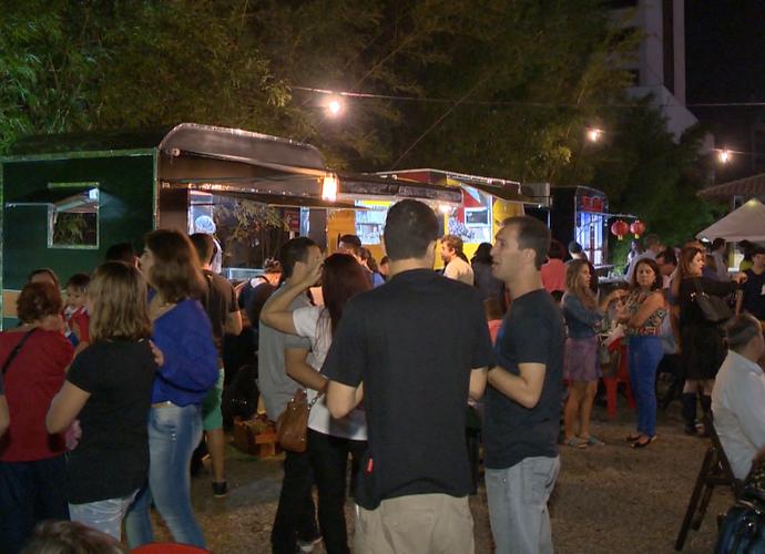 Alguns lugares estão criando momentos específicos para encontro de Food Trucks (Foto: Divulgação/TV Gazeta)