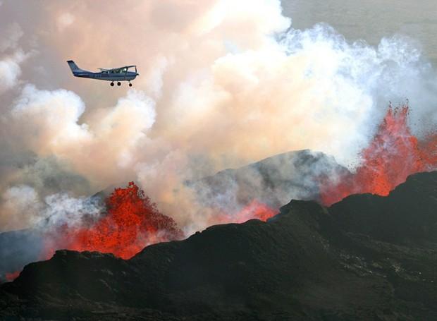 vulcão islândia (Foto: Reprodução/Imgur/Baldur Sveinsson)