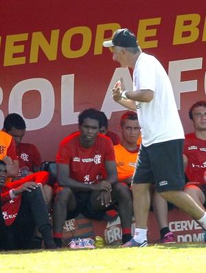 Dorival Junior no treino do Flamengo (Foto: Cezar Loureiro / Agência O Globo)