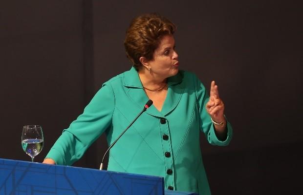 Em Goiânia, Goiás, Dilma revela data de lançamento da 3º etapa do Minha Casa, Minha Vida (Foto: Ricardo Rafael/O Popular)