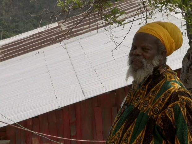 Comunidade Rastafári mais fechada da Jamaica não segue leis do país (Foto: TV Globo)
