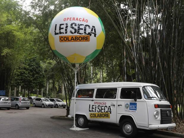 Balões da Operação Lei Seca serão estilizados durante a Copa do Mundo (Foto: Rogério Santana / Governo do Estado)