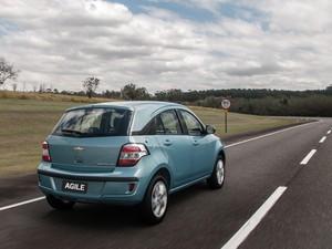 Blog do Largartixa  Chevrolet Agile 2014 passa por reestilização e ... 9c9f74adadccd