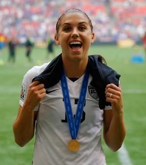 Alex Morgan comemora título mundial com os Estados Unidos (Foto: Kevin C. Cox/Getty Images)