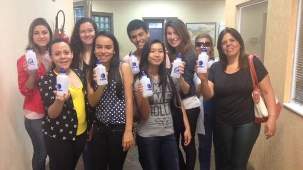 Todos levaram para casa um brinde especial da emissora  (Foto: Reprodução / TV Diário)