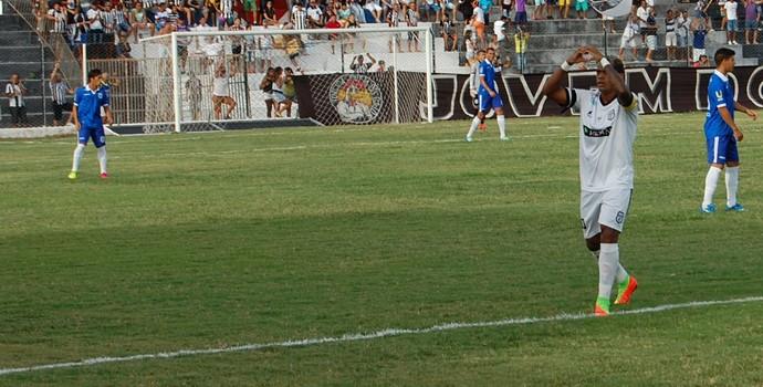 Marcelinho Paraíba, jogador do Treze (Foto: Silas Batista / GloboEsporte.com/pb)