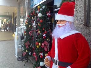 Lojas do Centro de Macapá vão atender até 22h nas vésperas de festas de fim de ano (Foto: Fabiana Figueiredo/G1)