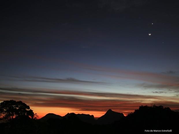 Fenômeno foi registrado no fim de tarde no Rio (Foto: Marcos Estrella / Globo)